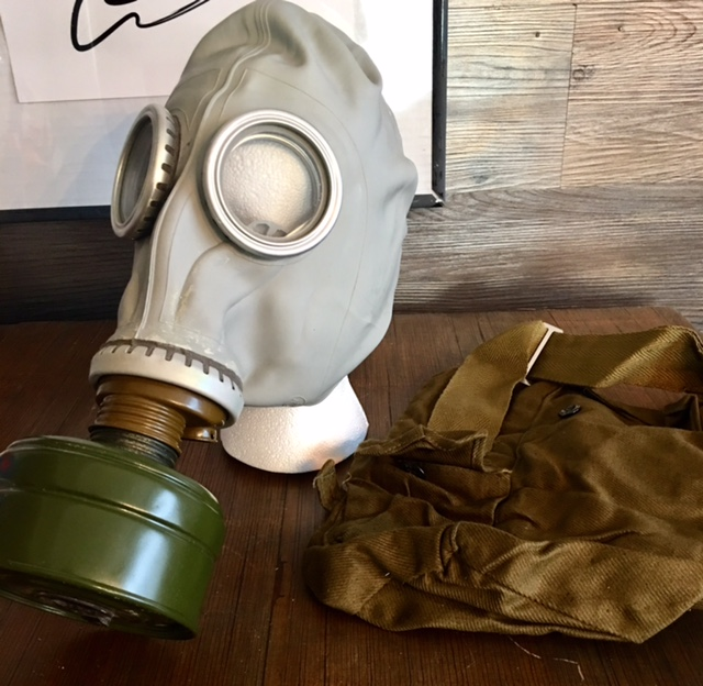 Replica Gas Mask & Replica Gas Mask - Hollywood Costumes