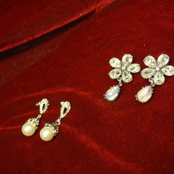 Vintage 1920 S 1930 Old Hollywood Earrings